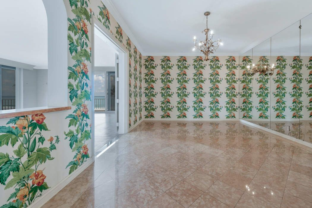 101 Worth Avenue Palm Beach, FL 33480
