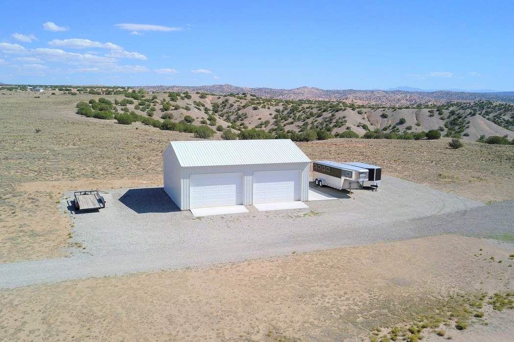 45 Nopal Drive Medanales, NM 87548