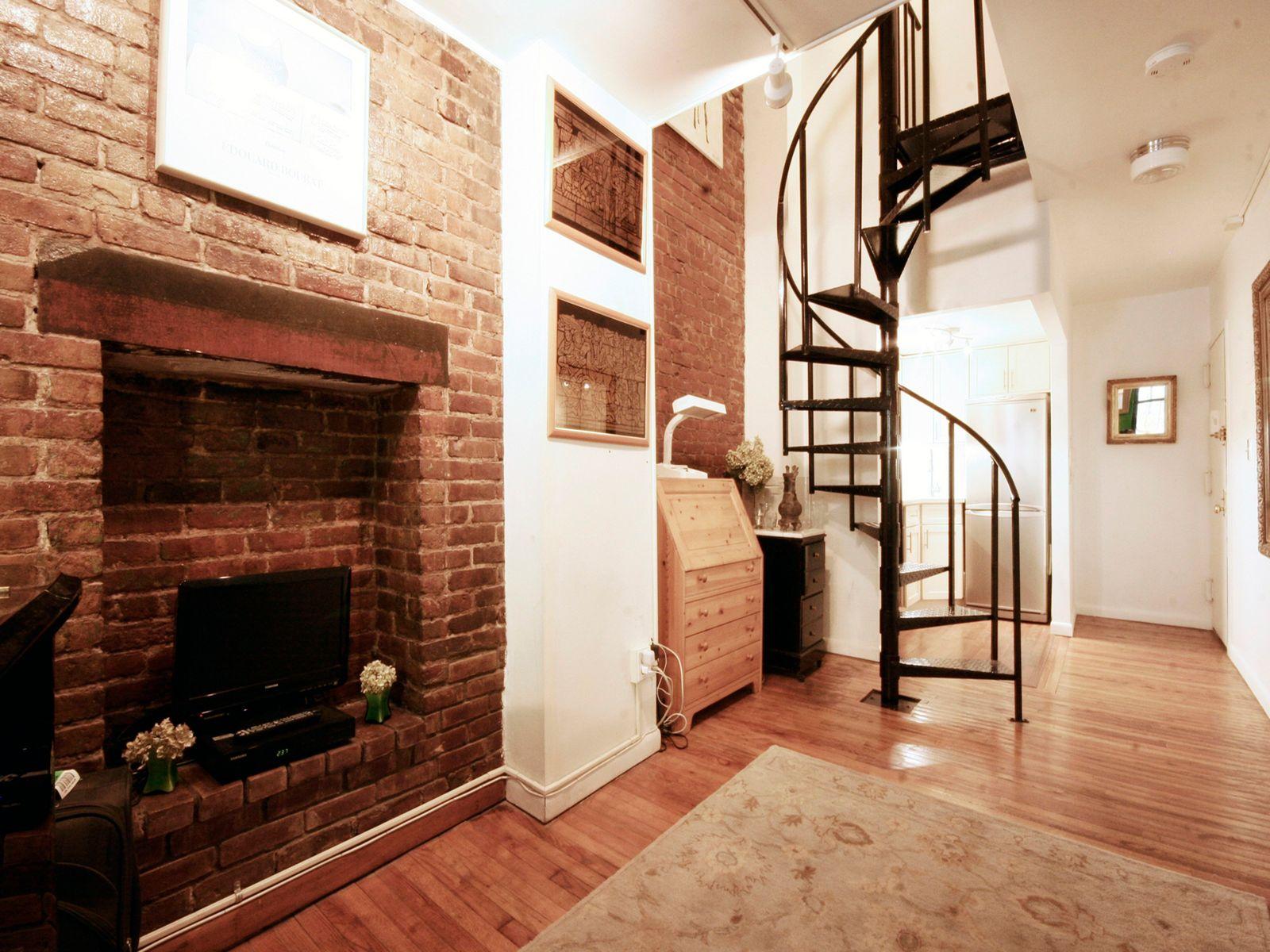 118 Suffolk Street Loft 2B