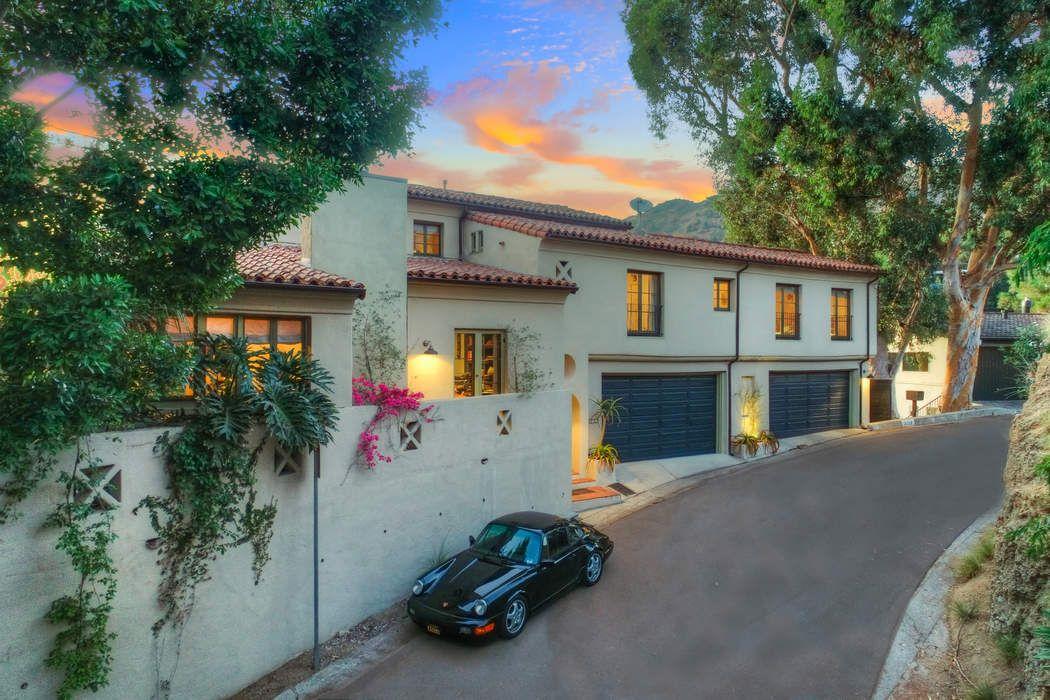 3259 Deronda Drive Los Angeles, CA 90068