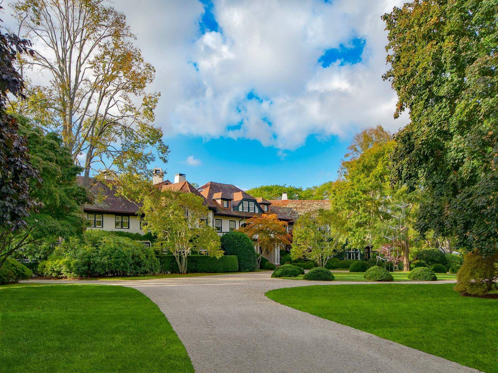Linden: Estate Section Residence