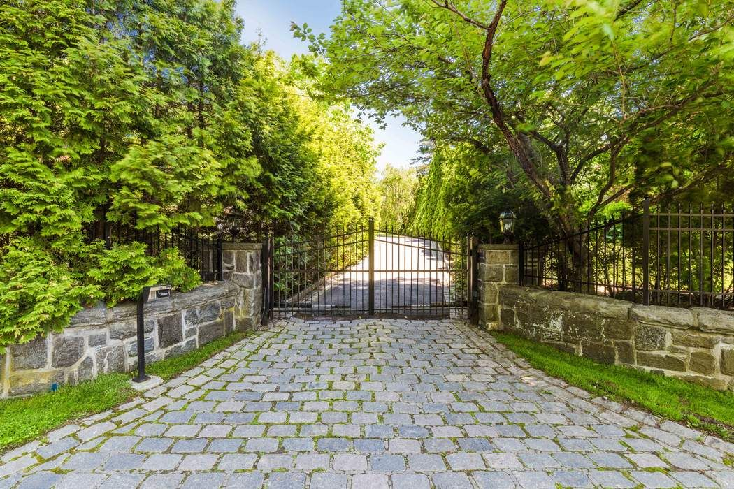 167 Byram Shore Road Greenwich Ct 06830 Sotheby S