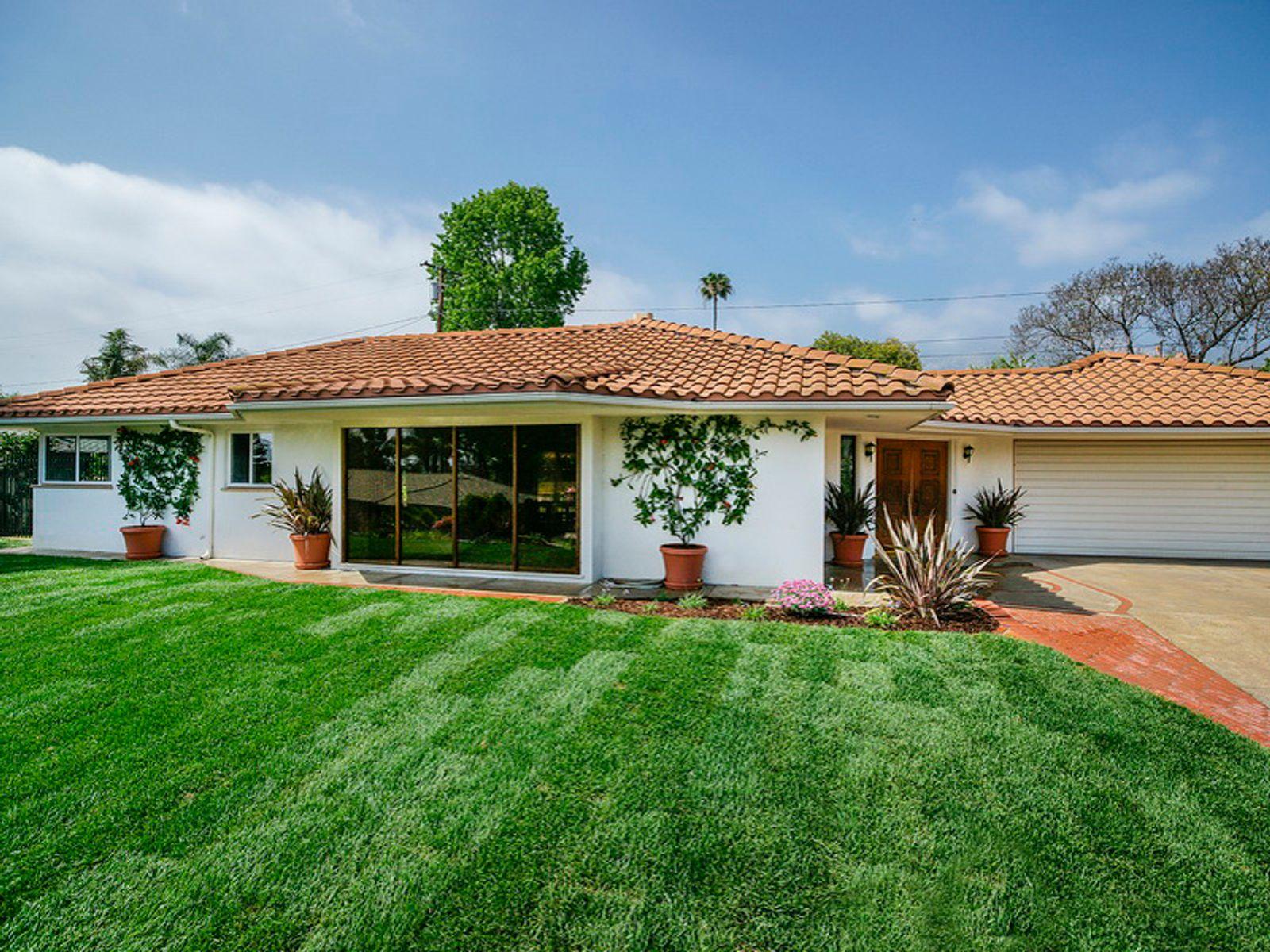 Paul greene contemporary santa barbara ca single family for Santa barbara new homes