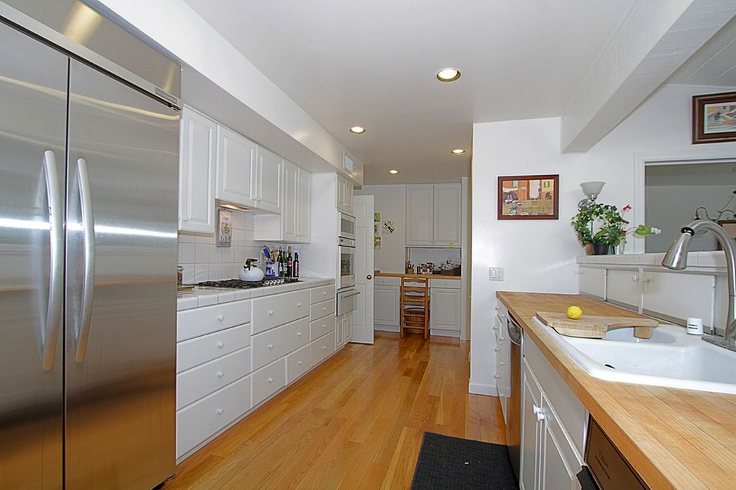 549 West Foothill Boulevard Arcadia Ca 91006 Sotheby S