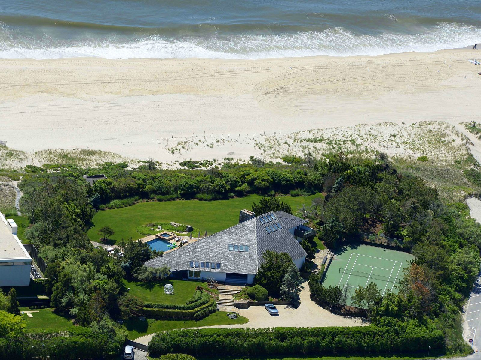 Estate Section Oceanfront, Southampton NY Single Family Home - Hamptons Real Estate