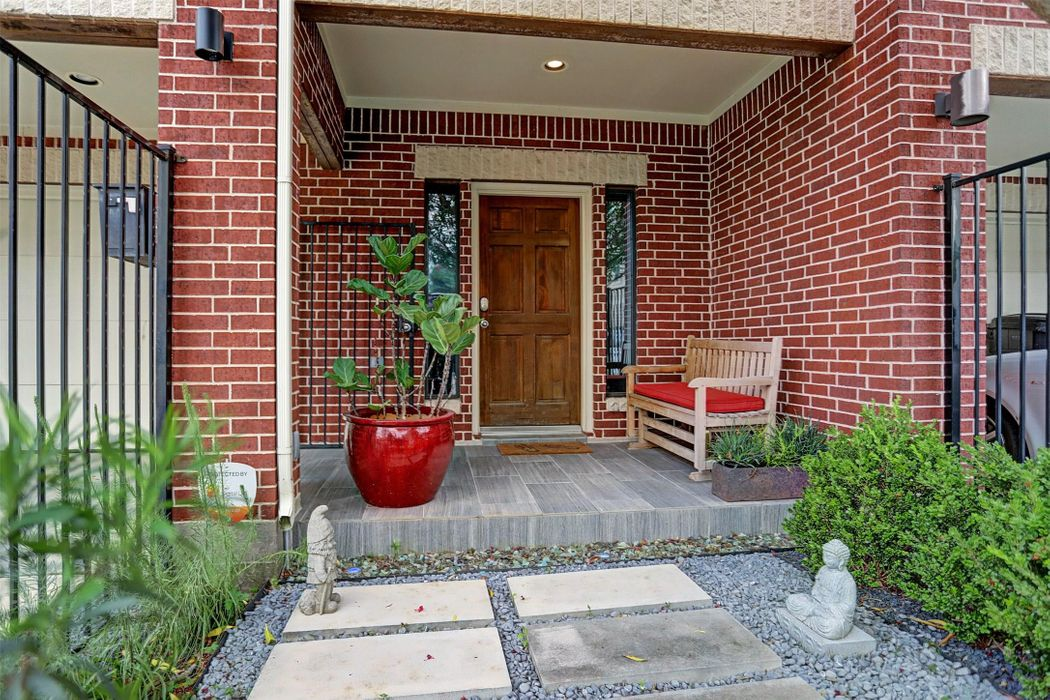 2206 Sherwin Street Houston, TX 77007
