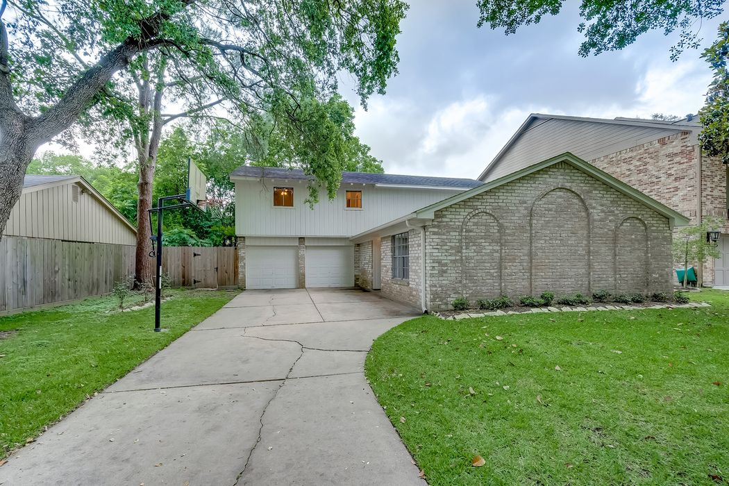 14110 Kingsride Lane Houston, TX 77079