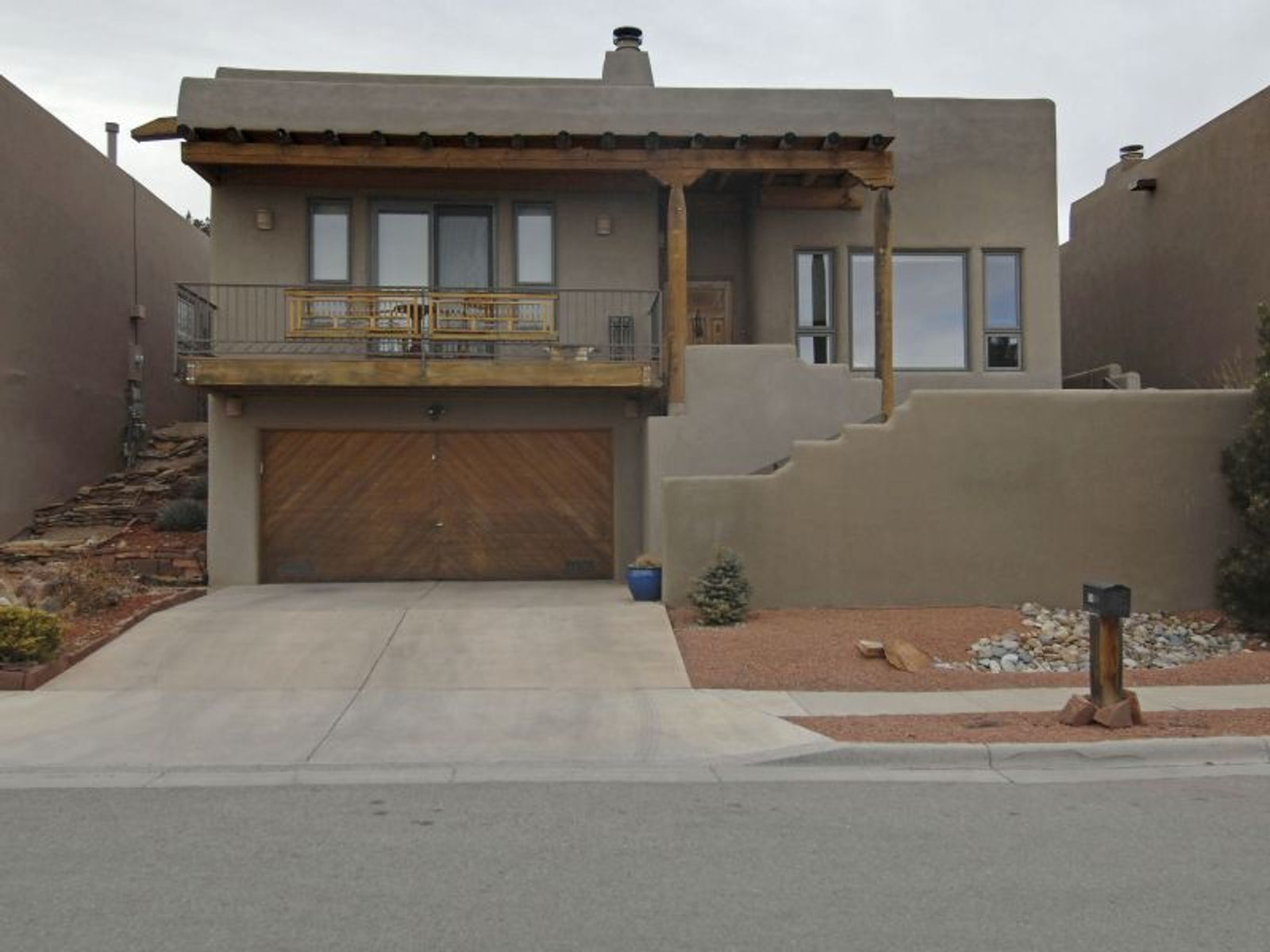 259 Vuelta Roble, Santa Fe NM Single Family Home - Santa Fe Real Estate