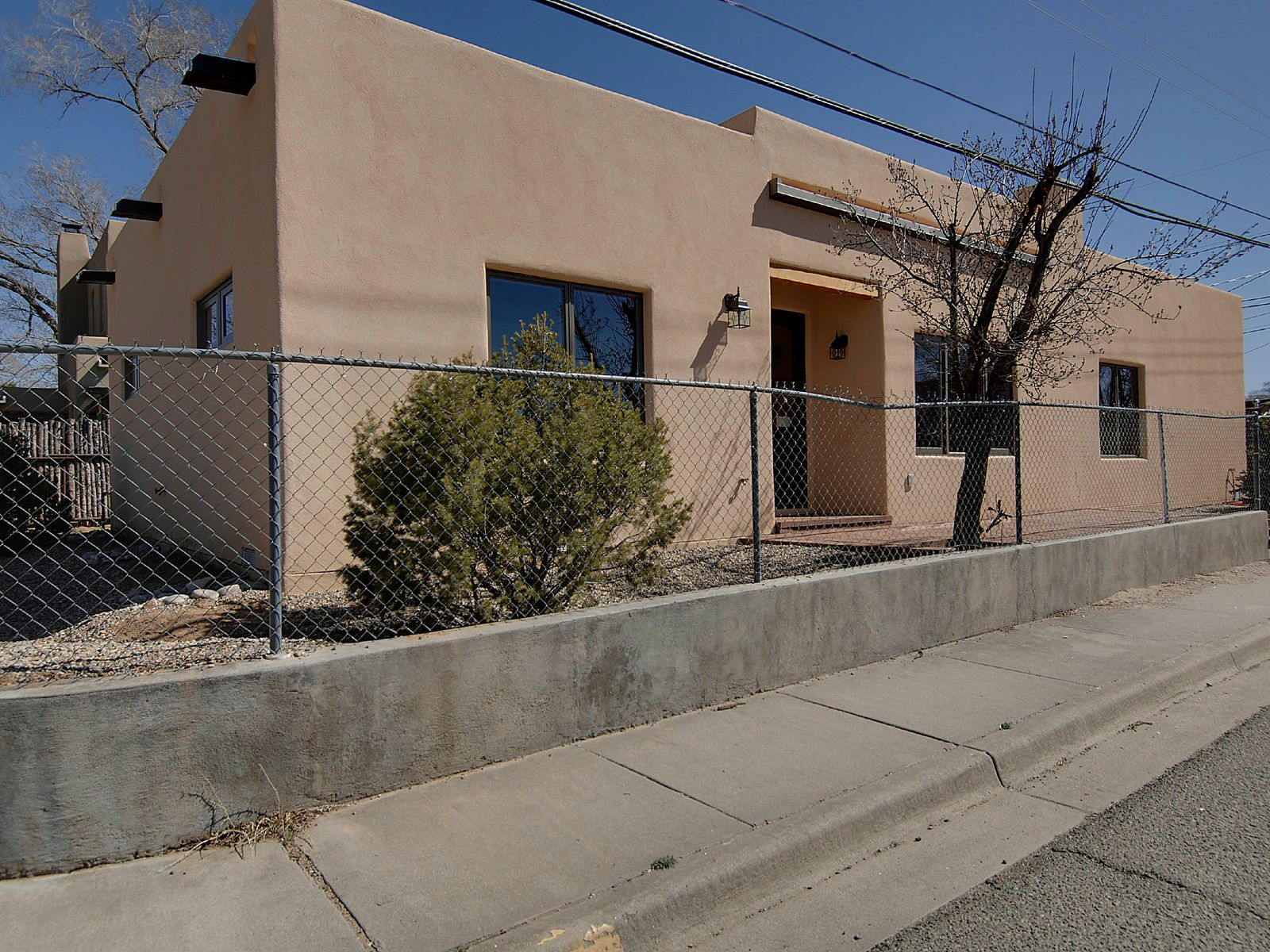 949 Lopez Street