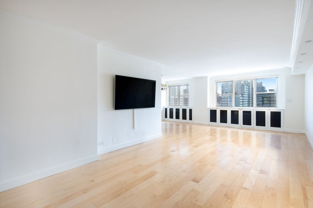 340 East 80th Street New York, NY 10075