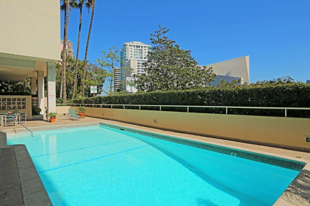 10433 Wilshire Boulevard Los Angeles, CA 90024