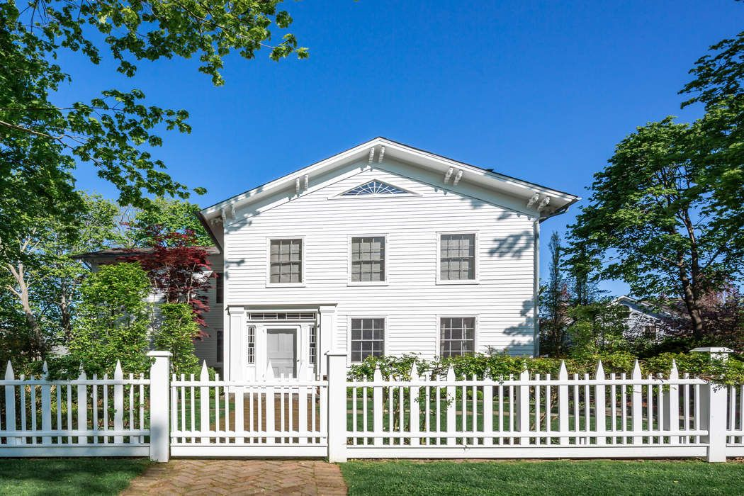 Historic Sag Harbor-Renovated W/ Pool