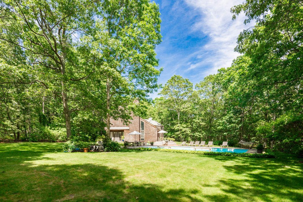 753 Edge Of Woods Road Water Mill, NY 11976