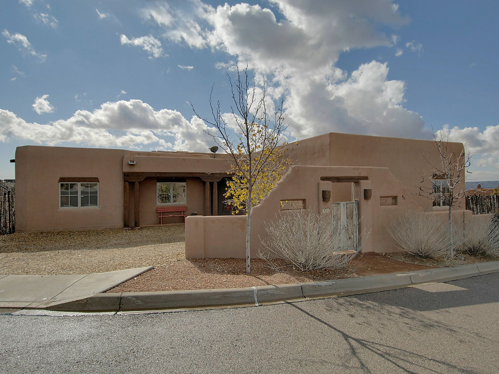 14 Altura Vista, Santa Fe NM Single Family Home - Santa Fe Real Estate
