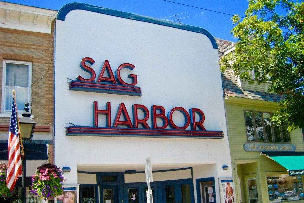 83 Cliff Drive Sag Harbor, NY 11963