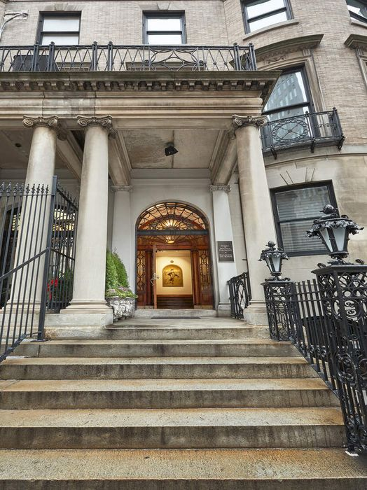 12 East 79th Street New York Ny 10075 Sotheby S