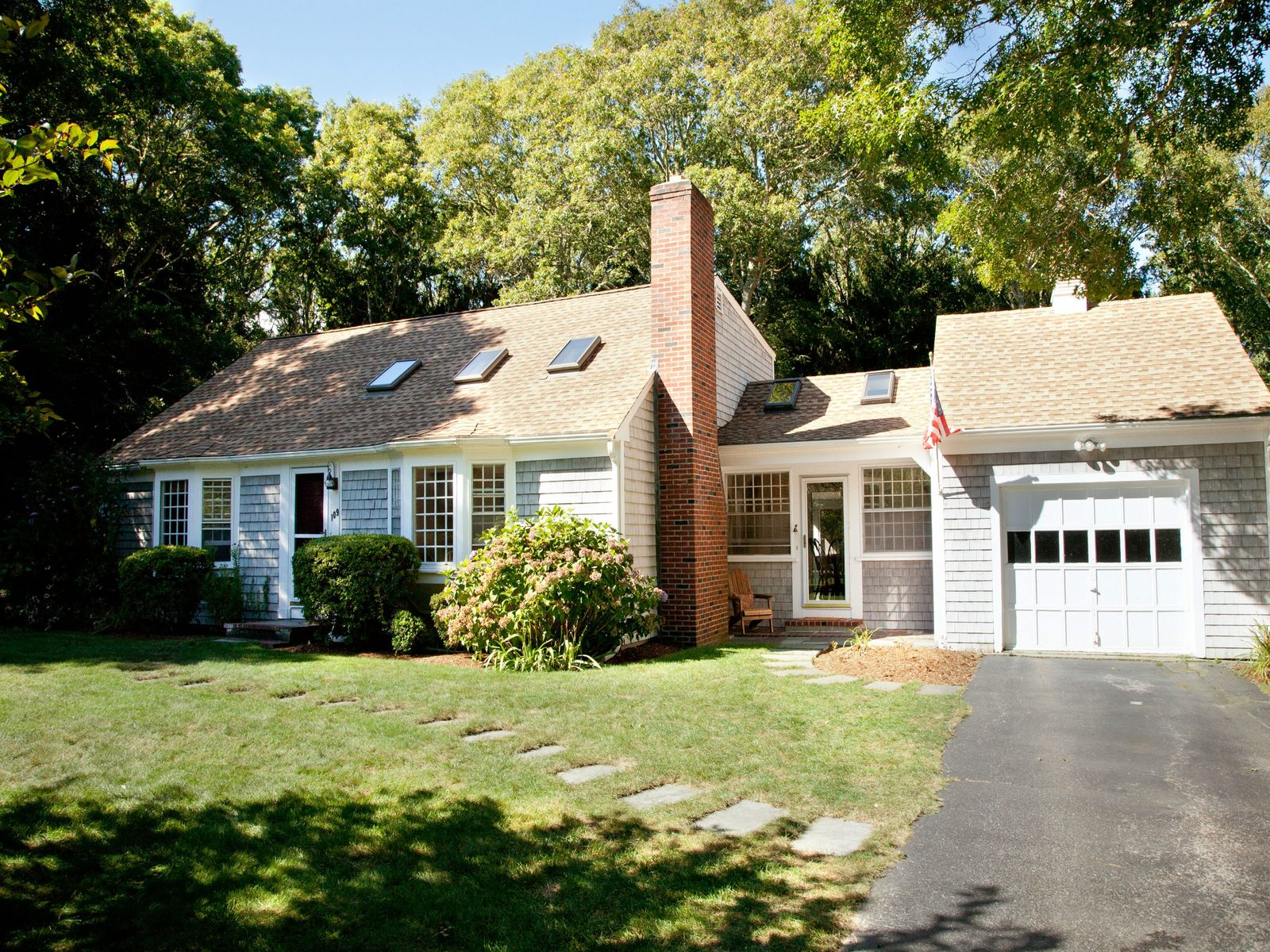 Private Cape with Porch, Osterville MA Single Family Home - Cape Cod Real Estate