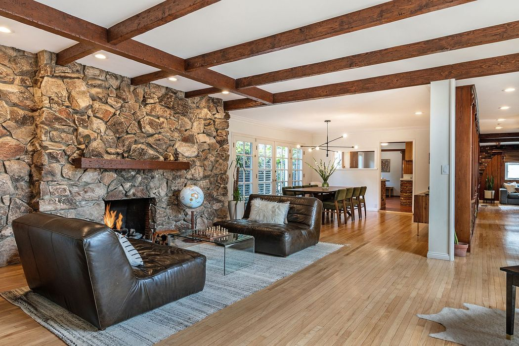 Fabulous lease in the Hollywood Hills Los Angeles, CA 90068