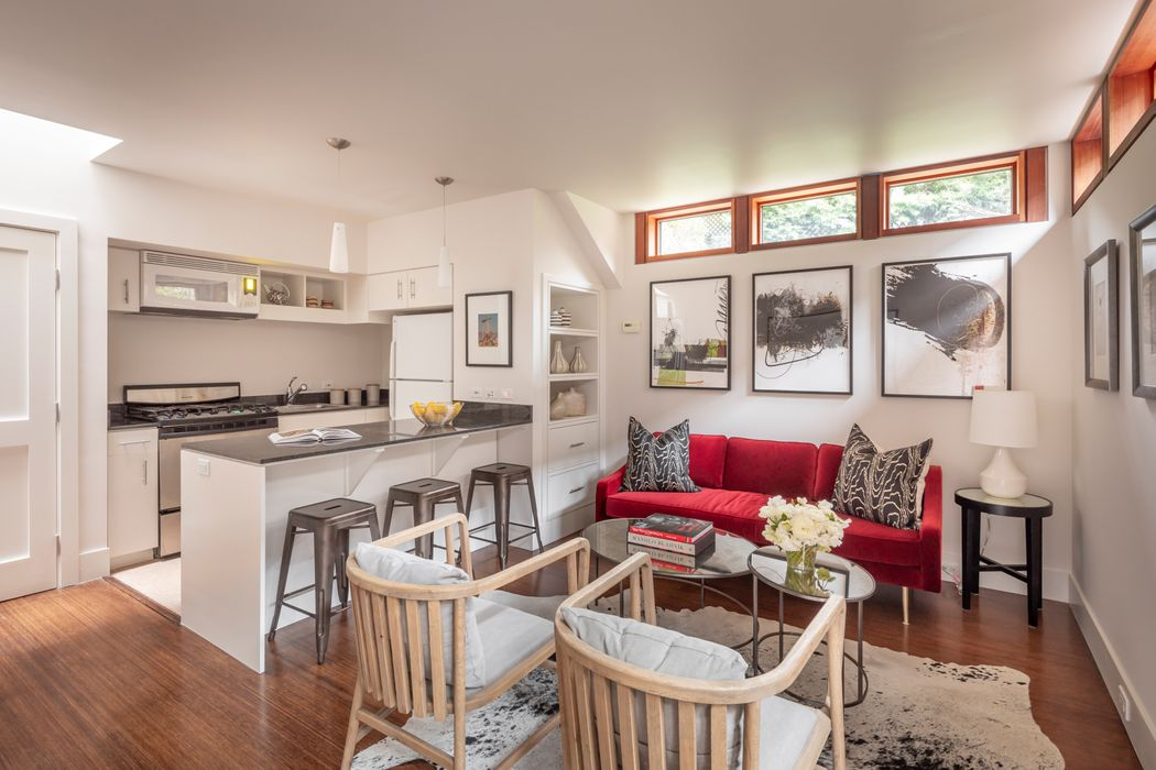 Warm Sophistication In Cow Hollow San Francisco, CA 94123