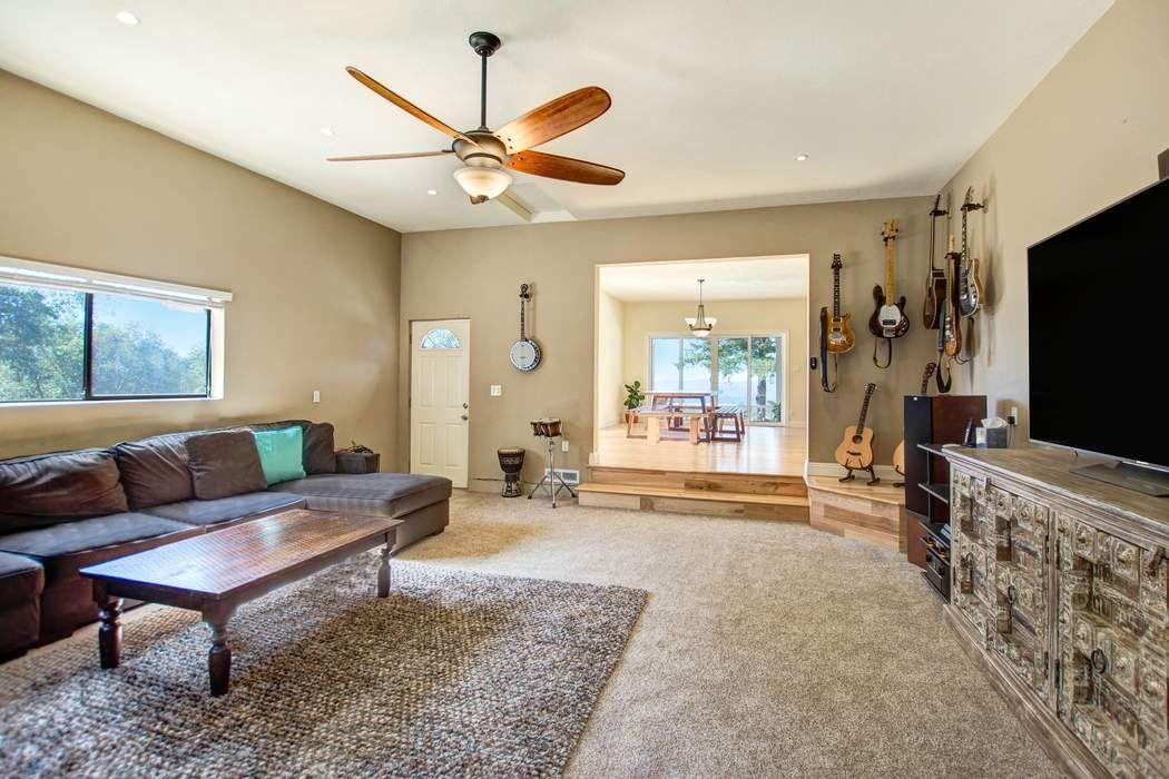 32000 Green Rd Cloverdale, CA 95425