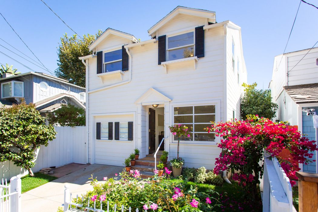 214 West Channel Road Santa Monica, CA 90402