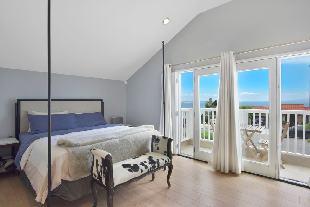 18425 Coastline Drive Malibu, CA 90265