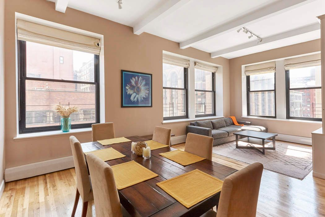 2 Bedroom Corner Loft: 250 Mercer Street