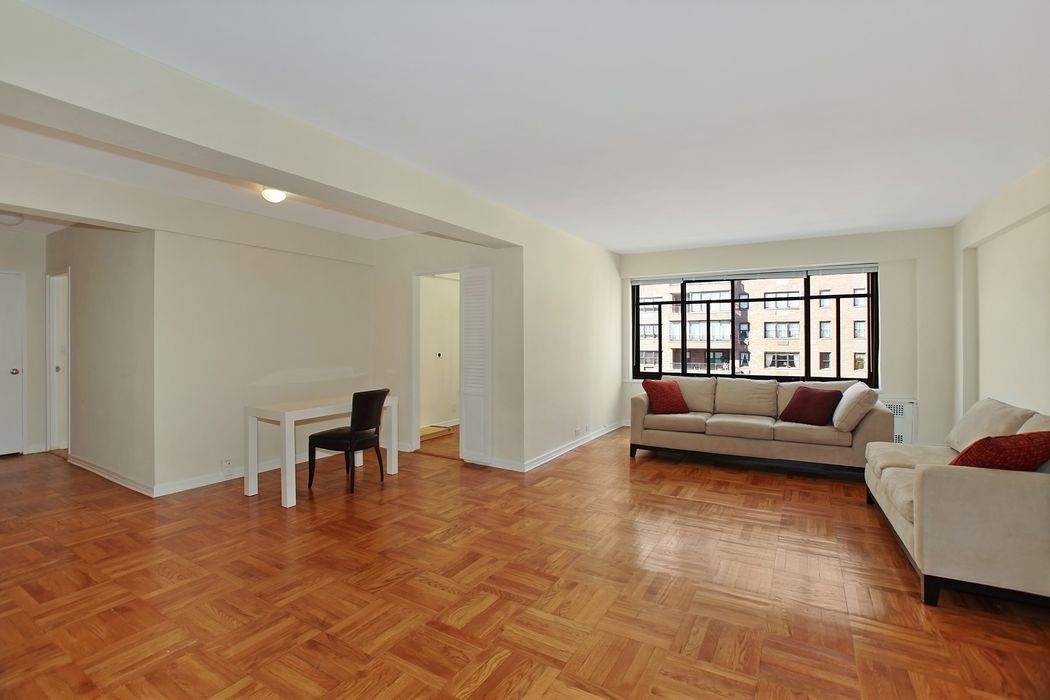 715 Park Avenue, 8AB New York, NV 10021