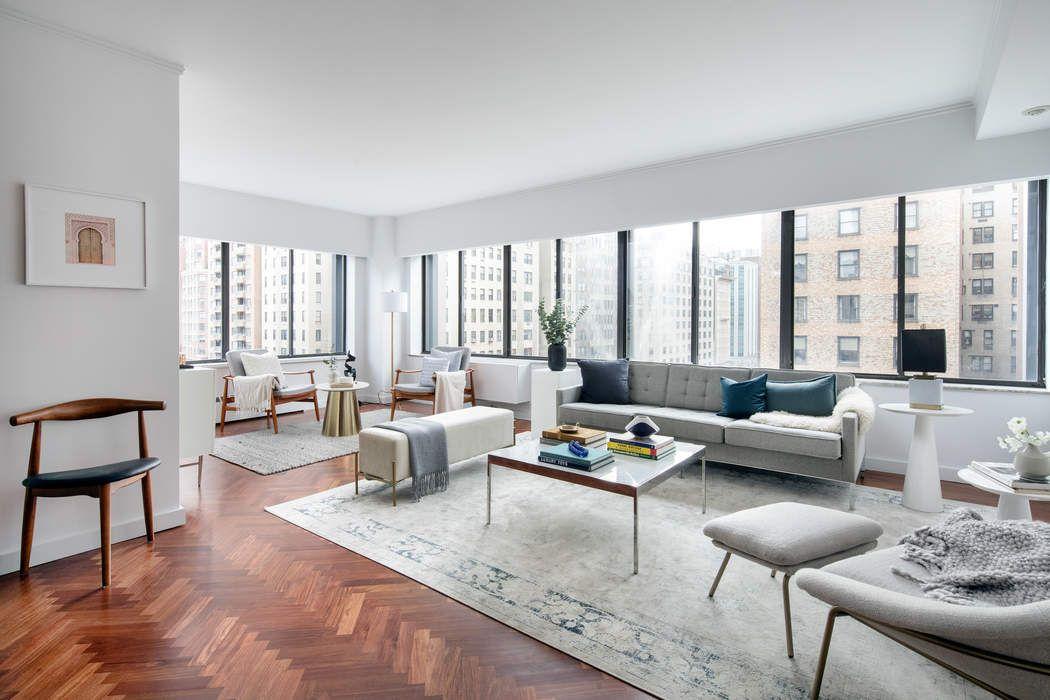900 Park Ave New York, NY 10075