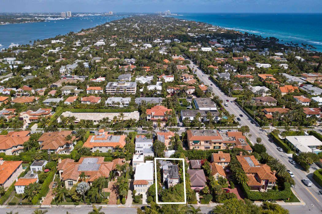 219 Seminole Ave Palm Beach, FL 33480
