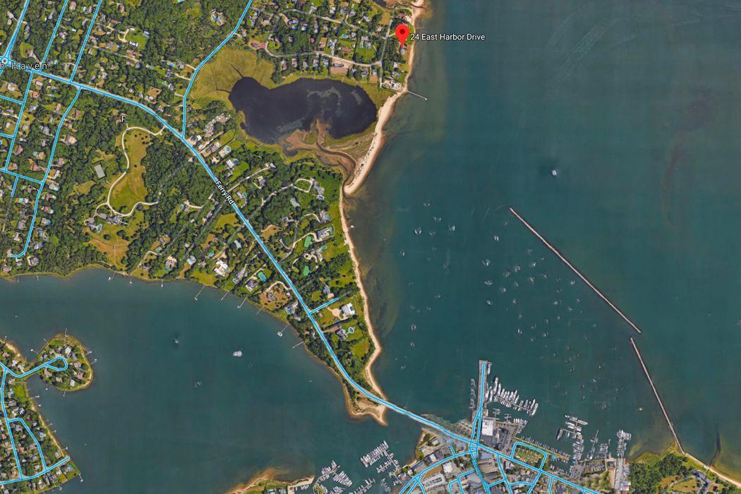 24 East Harbor Drive Sag Harbor, NY 11963