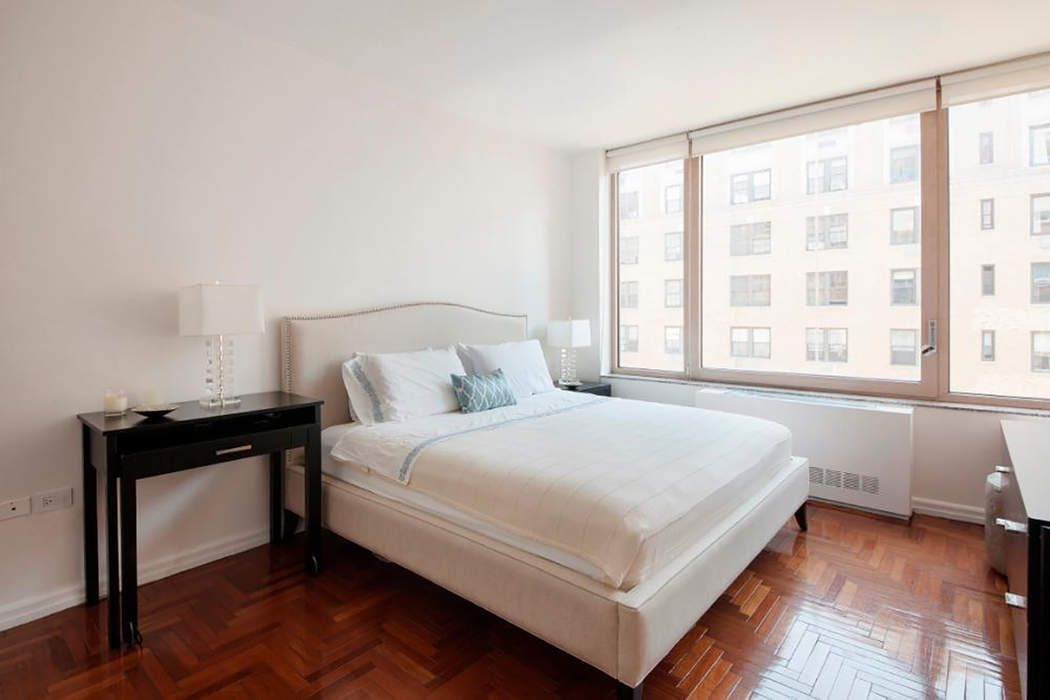 30 East 85th Street New York, NY 10028