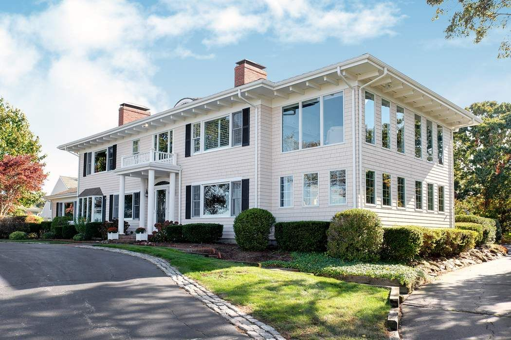 Stately Colonial on East Bay Road  Osterville, MA 02655