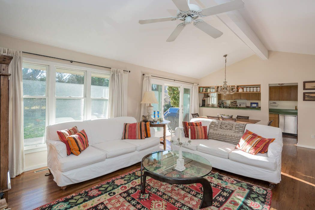 Charming Bridgehampton Village Cottage  Bridgehampton, NY 11932