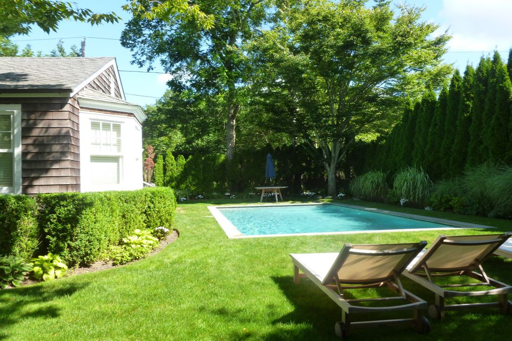 Chic East Hampton Village Cottage