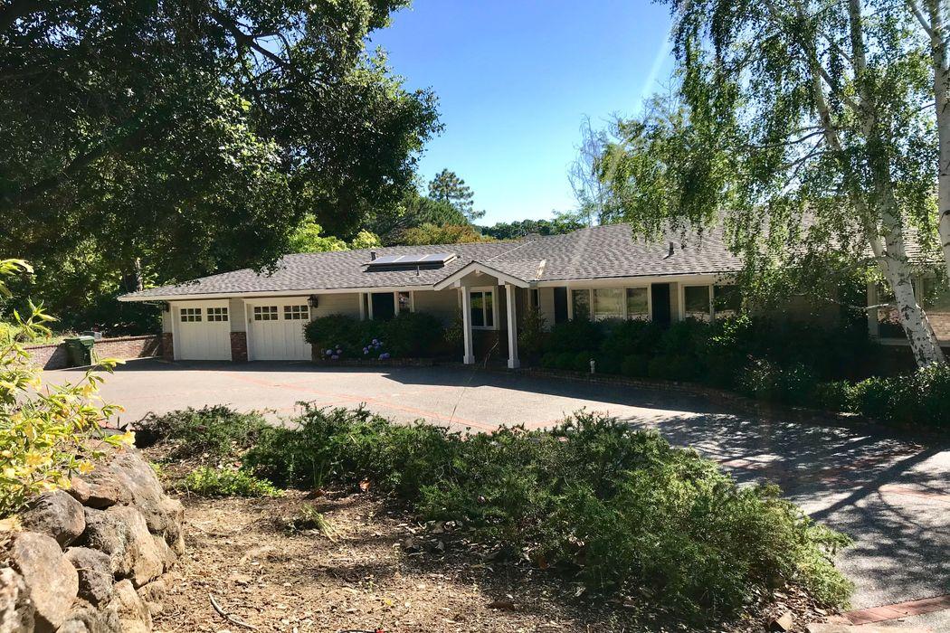 26050 Quail Lane Los Altos Hills, CA 94022