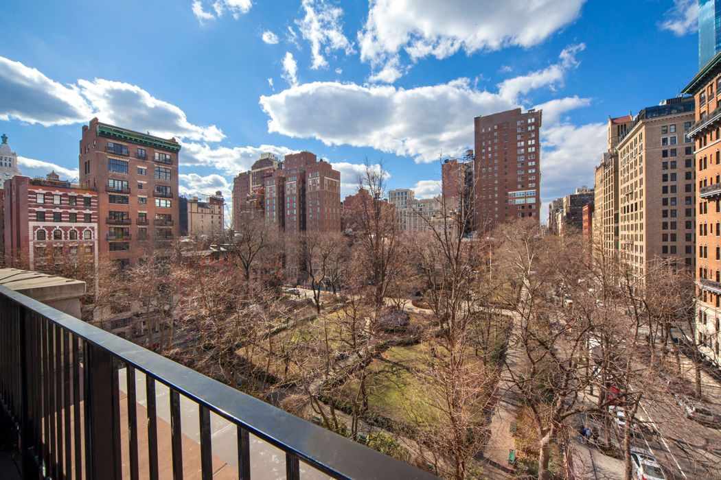 38 Gramercy Park North New York, NY 10010