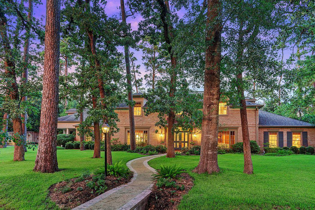 11930 Surrey Lane Bunker Hill Village, TX 77024