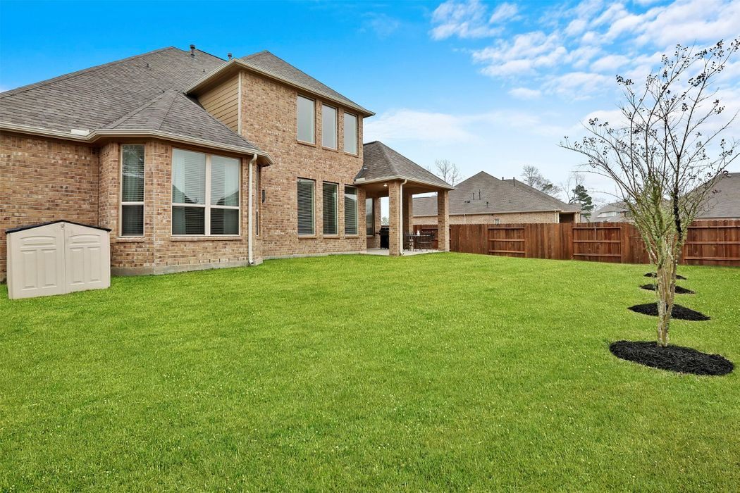 5806 Fairway Shores Lane Porter, TX 77365