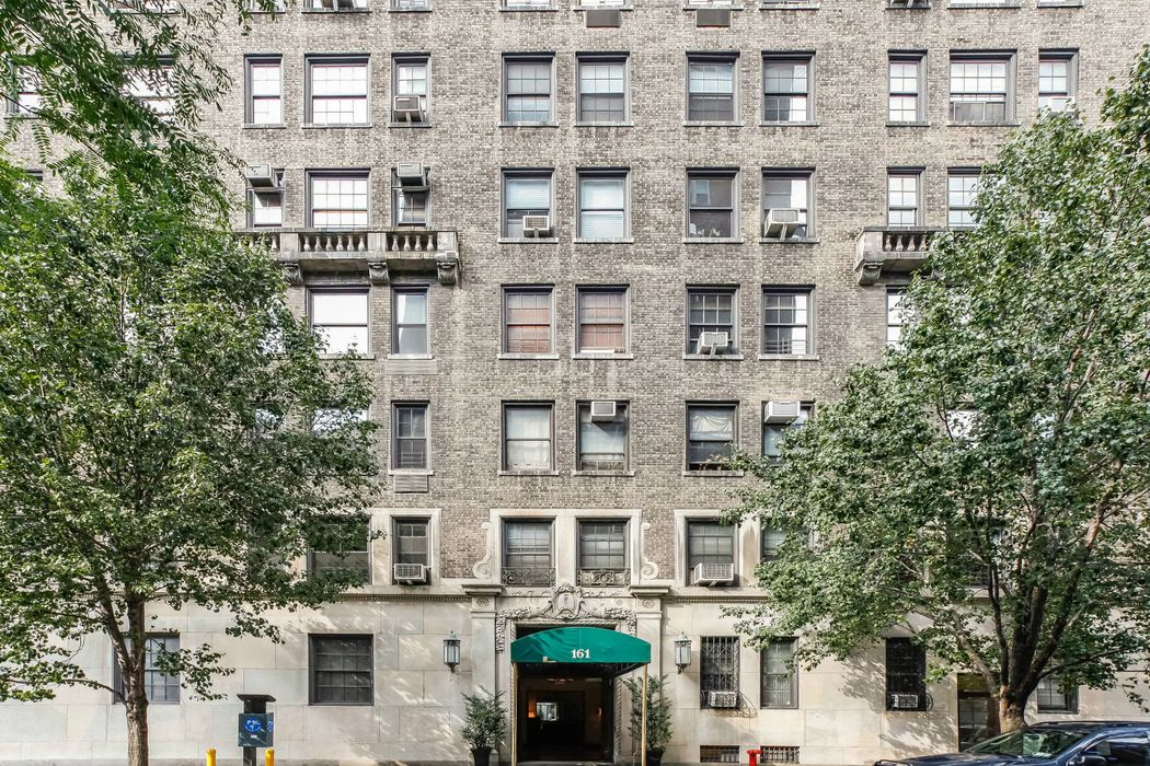 161 West 75th Street – Over The Top 6