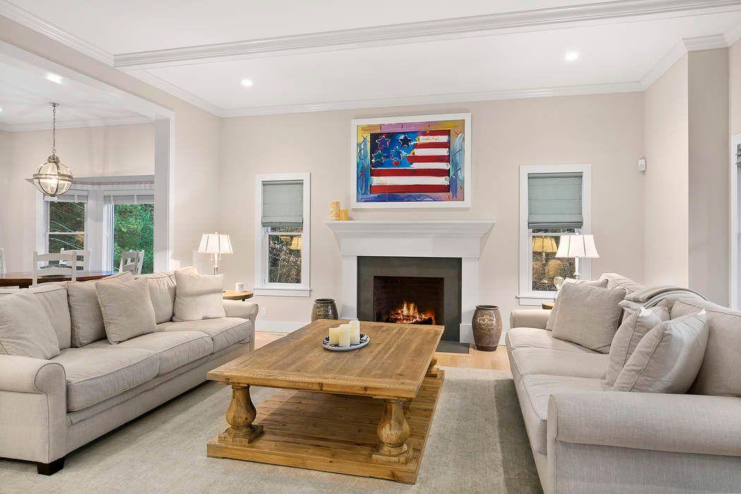 20 Saddle Lane East Hampton, NY 11937