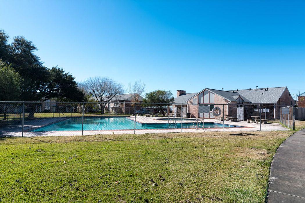 4145 Young Street Pasadena, TX 77504
