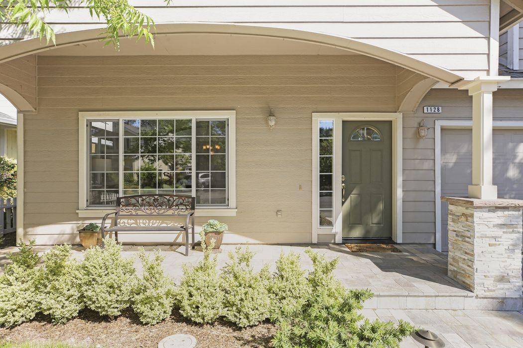 1128 Fryer Creek Dr Sonoma, CA 95476