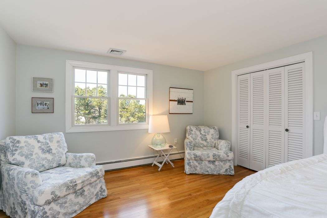 121 South Bay Road Osterville, MA 02655