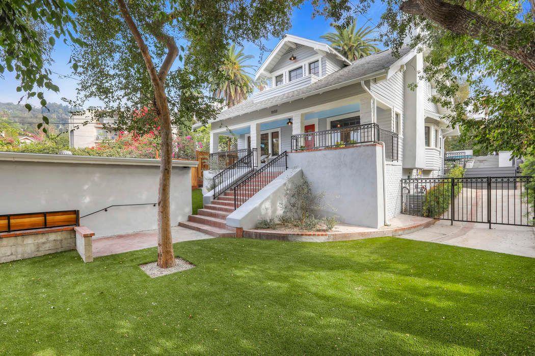 1658 Golden Gate Avenue Los Angeles, CA 90068