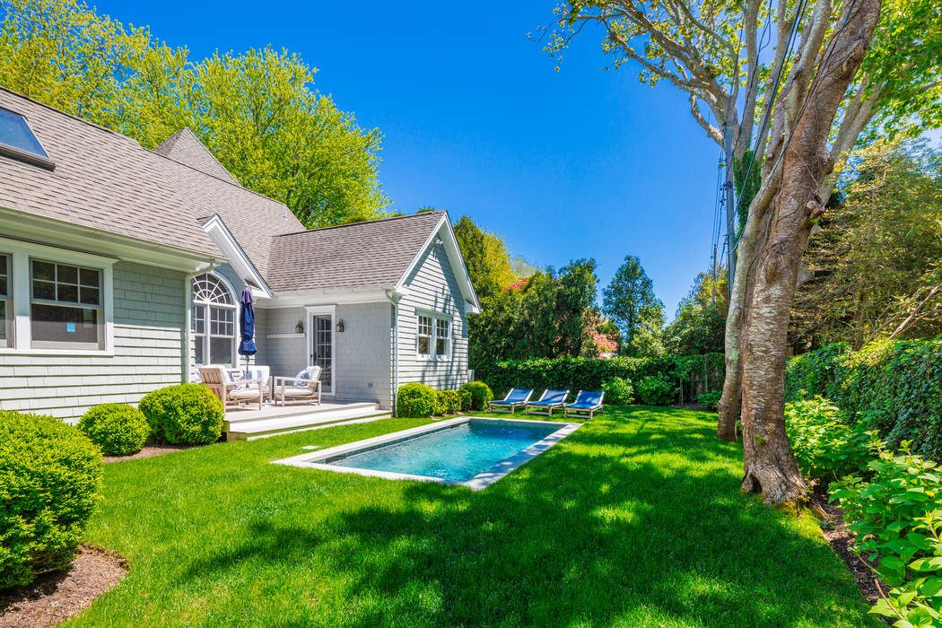 61 Dayton Lane East Hampton, NY 11937