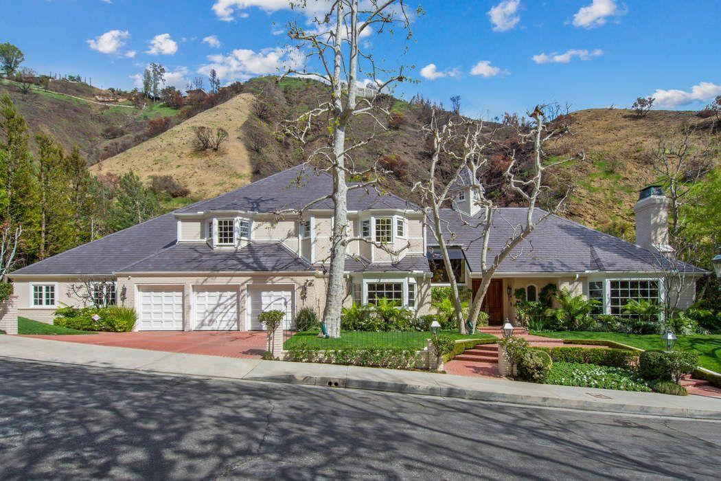 1432 Moraga Drive Los Angeles, CA 90049