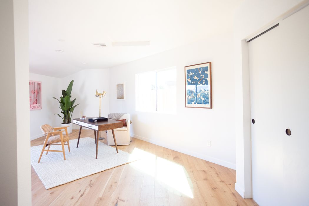6712 Fortune Place Los Angeles, CA 90042