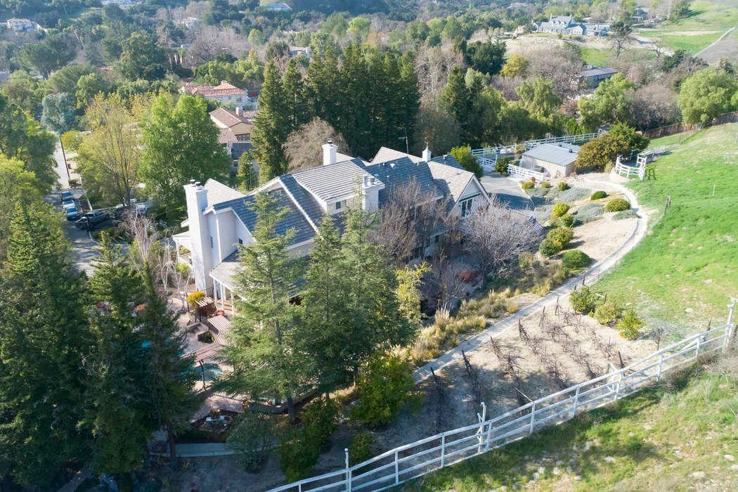 6144 1/4 Chesebro Road Agoura Hills, CA 91301