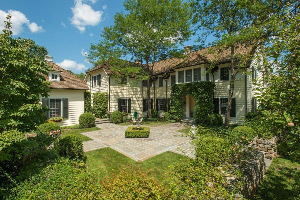 445 Round Hill Road Greenwich Ct 06831 Sotheby S